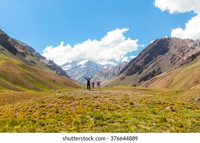 Mother and daughters in Andes