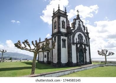 Mutter Gottes Kirche, Azoren