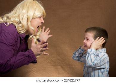 mother yelling at children/mother yelling at children