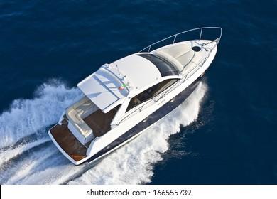 motor boat, rio yachts, best italian yacht