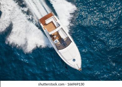 Motor boat, rio yachts italian shipyard