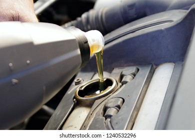 Motor oil, Car servicing, oil and filter replacing maintenance