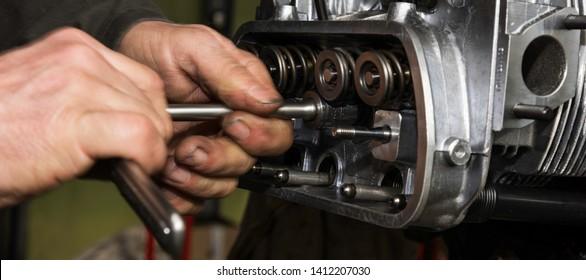 Motor repair. Aircraft engine reconditioning