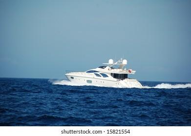 Motor yacht in Saint-Tropez
