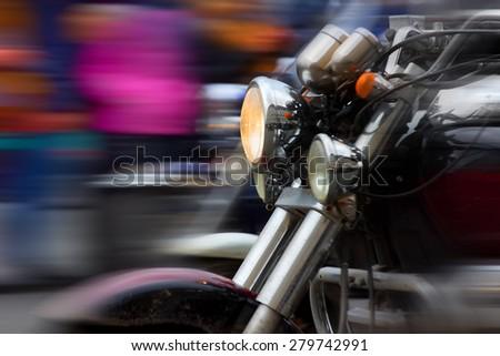 motorcycle rushing at city