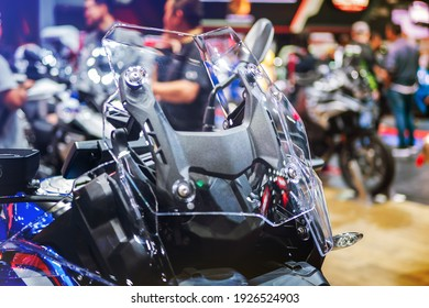 Motorcycle windproof shield. Help to reduce the collision caused by the wind while driving.