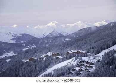 Mottaret and chalets, 3 valleys, France