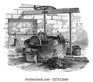 Moulin mixer triple Meules, vintage engraved illustration. Industrial encyclopedia E.-O. Lami - 1875.