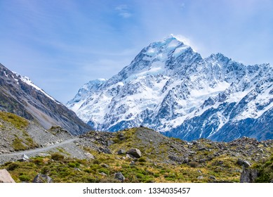 Mount Cook, Aoraki National Park, New Zealand.