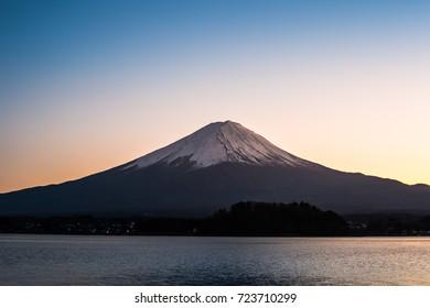 Mount fuji in kawaguchiko lake with beautiful sunset