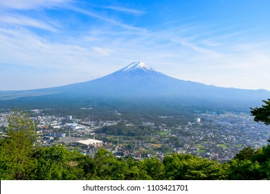 Mount Fuji view from Tenjo-Yama Park at Mount Kachi Kachi Ropeway