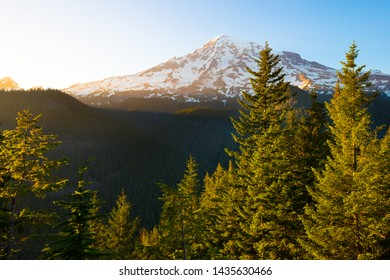 Mount Rainier at Mount Rainier National Park, Washington State, USA