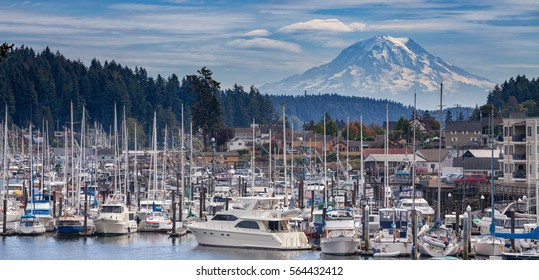 Mount Rainier view for Gig Harbor Washington