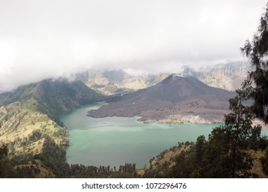 Mount Rinjani Crater, Lombok (Indonesia)