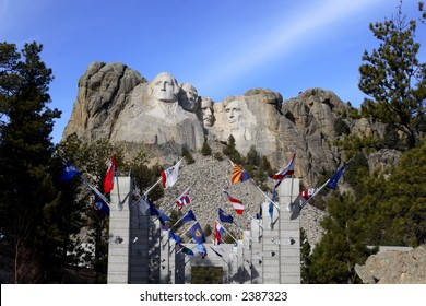 Mount Rushmore & State Flags