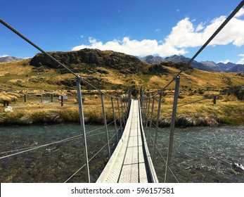 """Mount Sunday that Location of Lord of the Rings city """"Edoras"""" in Hakatere Conservation Park, New Zealand"""