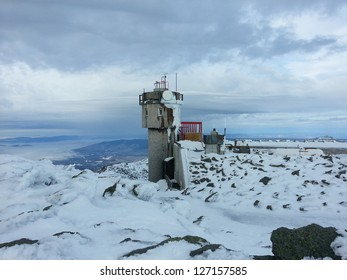 Mount Washington Observatory Images, Stock Photos & Vectors