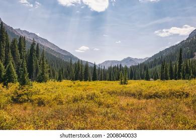 Mountain basin in the Hunter-Fryingpan Wilderness, Colorado