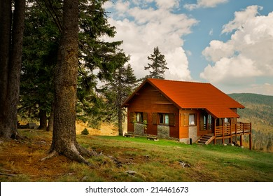 Mountain Cabin Images, Stock Photos & Vectors | Shutterstock