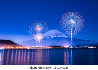 Mountain Fuji and Fireworks Festival at Kawaguchiko Lake, Japan.One of festival you shouldn't miss !!