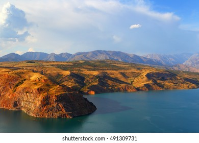 Mountain lake Charvak. Uzbekistan. Tien Shan.