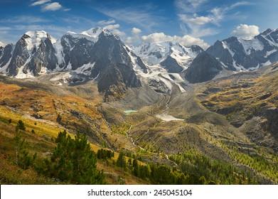 Mountain lake, Russia, Siberia, Altai mountains, Chuya ridge.