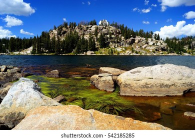 Mountain Lake in Yellowstone National Park / High Mountain Lake in Yellowstone National Park / Mountain Lake in Yellowstone National Park
