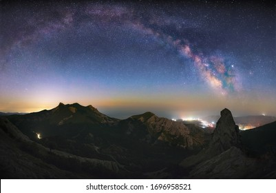 mountain massiv at night and the milky way