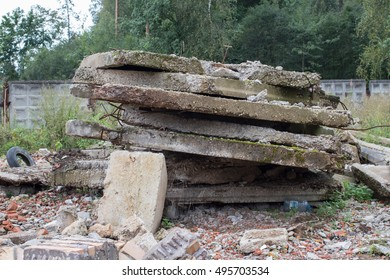 A mountain of old concrete slabs