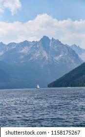 Mountain peaks by Redfish Lake, Idaho, Landscape, lakeside, water, mountains, peaks
