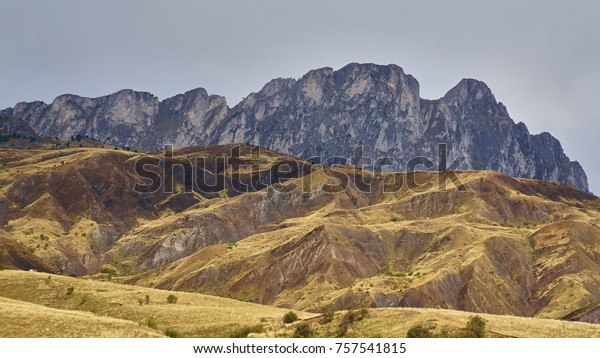 Mountain ranges on the border of France and Spain