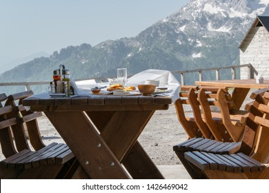 Marvelous Breakfast In The Mountains Images Stock Photos Vectors Beutiful Home Inspiration Aditmahrainfo