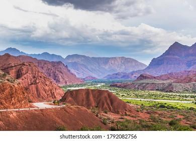MOUNTAIN ROAD IN CAFAYATE, SALTA, ARGENTINA