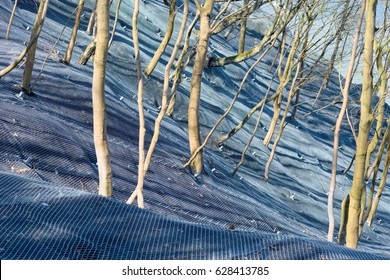Mountain slope reinforced metal protective mesh