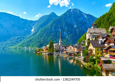 Mountain village in the Austrian Alps. Beautiful light in summer, Salzkammergut region, Hallstatt, Austria.
