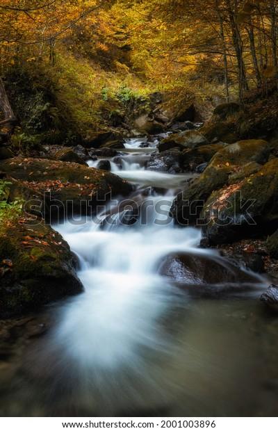 mountain-waterfall-late-autumn-600w-2001