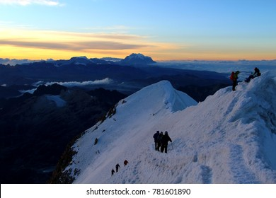 Mountaineers climbing Huayna Potosi Peak - Cordillera Real - Bolivia
