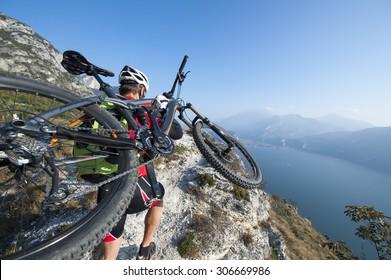 mountainkiging on garda lake