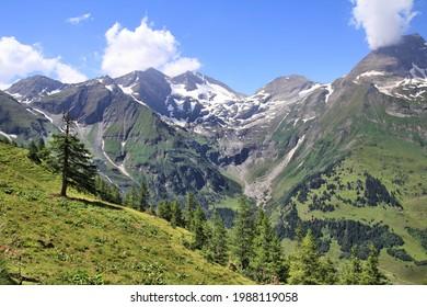 Mountains in Austria. Hohe Tauern National Park, Glocknergruppe range of mountains. Mountain peaks: Sonnenwelleck, Fuscherkarkopf, Breitkopf and Hohe Dock.