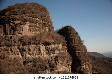Mountains and rock formations found in a state of Mexico as part of the attraction of the magical town to which it belongs