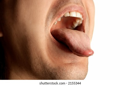 mouth wide opened showin tongue