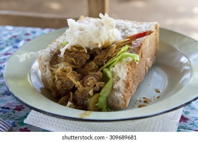 Mouthwatering bunny chow on a plate