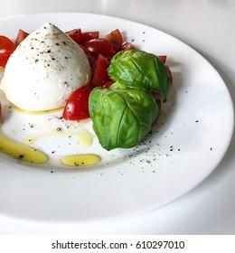 mozzarella di buffalo, caprese salad