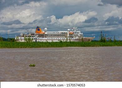 MS Bremen on Rio Ampyacu near Pevas, Amazon River, Peru