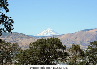 Mt. Adams in Washington taken from Hood River in Oregon