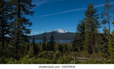 Diamond Lake Oregon Images, Stock Photos & Vectors