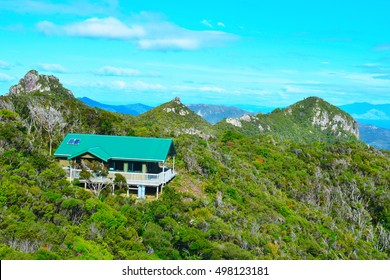 Mt Healy Hut (Great Barrier Island), New Zealand