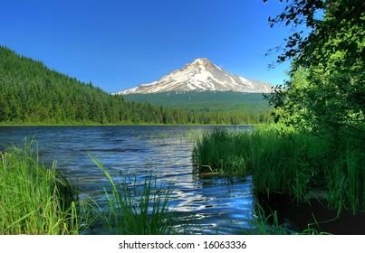 Mt Hood and Trillium Lake