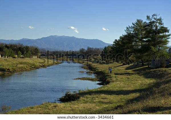 Mt. LeConte (Great Smoky Mountains), Little Pigeon River, Sevierville, TN