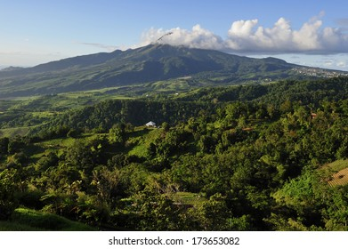 Mt. Pelee, active volcanic mountain, famous for its eruption in 1902, Martinique, Caribbean Sea
